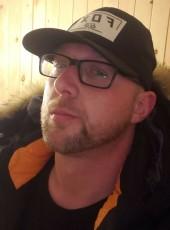 Max, 34, Canada, Montreal