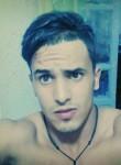 aymen, 23, Algiers