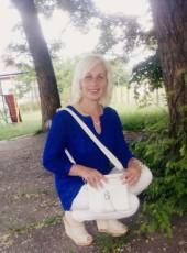 Olya, 46, Ukraine, Lviv