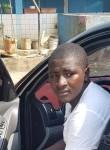 Abdel, 25  , Libreville