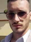 Antonio, 25  , Poggiomarino