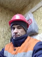 Khushvakht, 38, Russia, Yekaterinburg