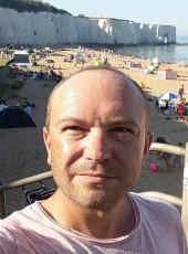 Multik Multik, 38, United Kingdom, City of London