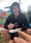 Nils, 19  , Canberra