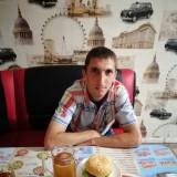 Pavel , 28  , Sinelnikove