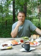 Pavel, 49, Russia, Yelizovo