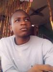 Louis, 19  , Yaounde