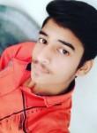 Sumit, 19  , Ujjain