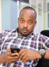 Karim Effenberg, 36, Rwanda, Kigali