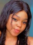 Ins, 21, Bamako