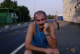 Alexander, 55 - Just Me