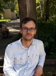 Maks, 30, Donetsk