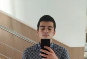 Maga, 22 - Just Me
