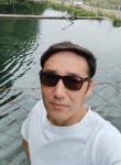 Bake, 35  , Bishkek