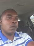 Pascal, 37, Nairobi