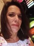 Ana, 51  , Criciuma