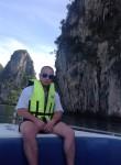 Aleksey, 32, Muravlenko