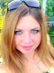 Anyuta, 35  , Gatchina