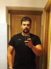 Aleksandr, 31, Russia, Vladivostok