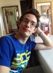 Antoine, 20  , La Fare-les-Oliviers