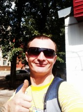 Sasha, 35, Russia, Omsk
