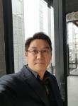 杨勇, 51  , Shenzhen