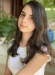 Sara, 23  , Andoain