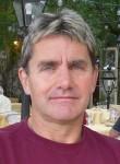 Doudou, 49  , Paris