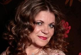 Gloria Richmond, 54 - Just Me