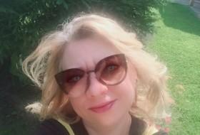 Yuliya, 48 - Just Me
