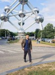farid, 26  , Brussels