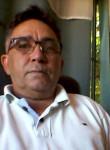 Espedito Francis, 64  , Picos