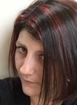 Véronique, 40  , Bulle
