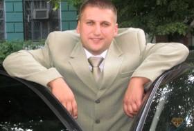 Dmitriy, 40 - Just Me
