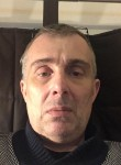 Xavier, 52  , Montivilliers