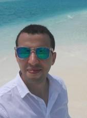 Amir, 30, Italy, Bologna