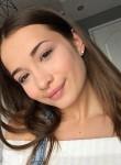 Karina Brazovska, 19, Stockholm