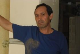 Marat, 61 - Just Me