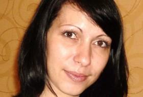 Bryunetka, 39 - Just Me
