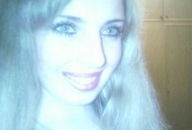 Krista, 31 - Just Me