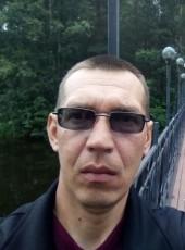 Aeksandr Zhurav, 45, Russia, Suna