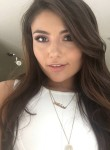 Prisca, 24  , Burbank (State of California)