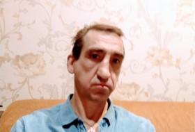 Konstantin, 48 - Just Me