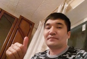 Ruslan , 32 - Just Me