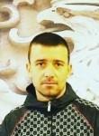 nori, 33  , Zagreb