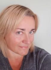 Vita, 51, Albania, Tirana