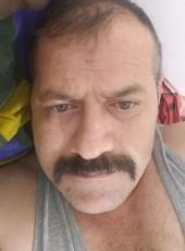 Serdal , 30, Turkey, Istanbul