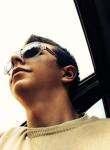 Roman, 21  , Vyborg