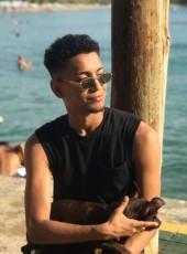 Arturo, 22, Dominican Republic, Santiago de los Caballeros