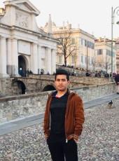 Saeed, 24, Italy, Macerata